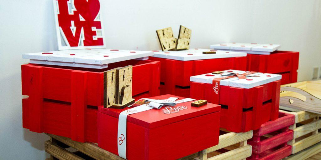 GIFT-BOXES-Red-Dot-Engraving